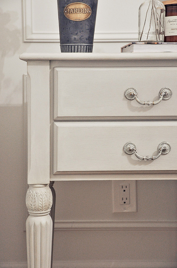 nightstand furniture makeover