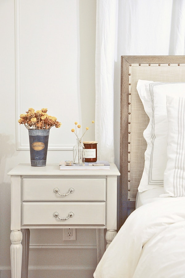 chalk paint bedroom nightstand furniture makeover pottery barn toulouse bed