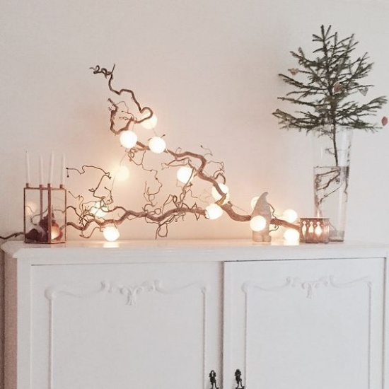 dreamy whimsical mental decor | drift wood light decor