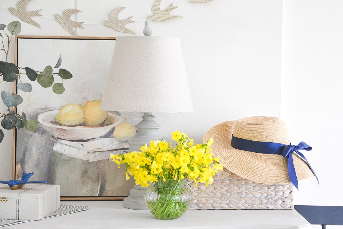 DIY entryway console table spring decor, decorate for spring