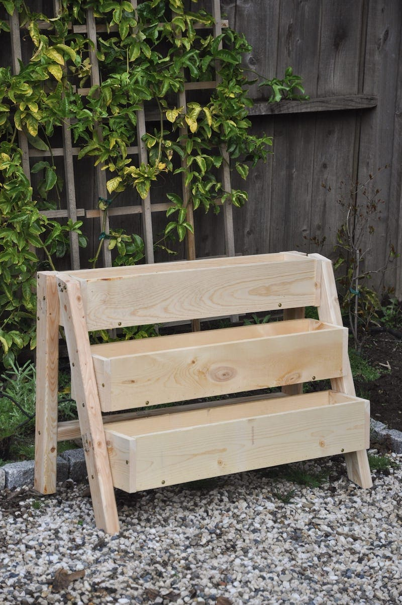 DIY tiered strawberry box planter, vertical garden idea