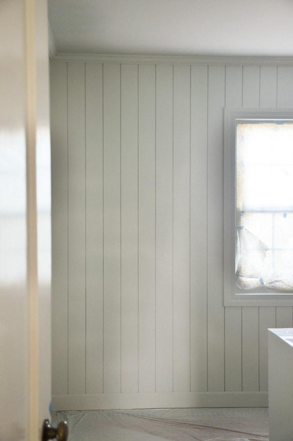 DIY vertical shiplap, home office renovation, one room challenge