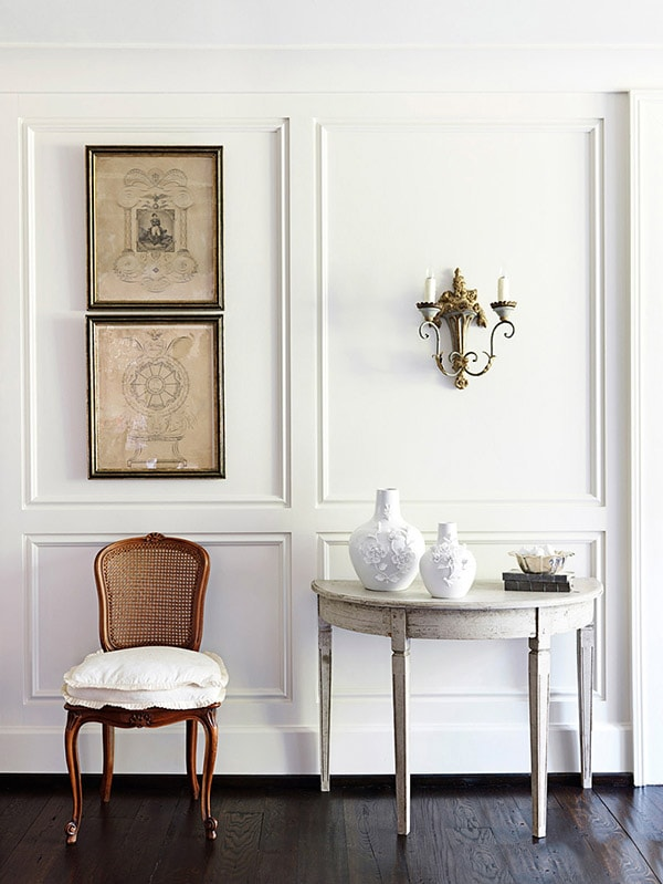 vintage inspired entryway, european chic interior style, parisian chic, paris apartment