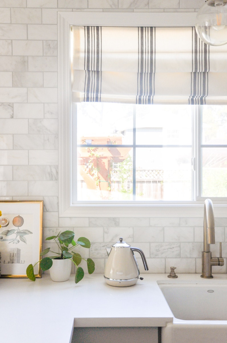 DIY roman shades hack for farmhouse kitchen and dining room