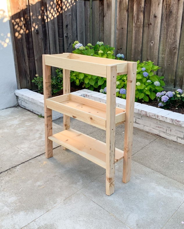DIY outdoor plant shelves