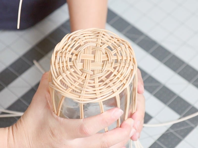 DIY wicker bottle