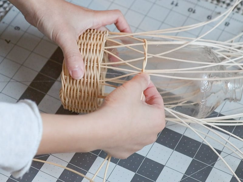 DIY rattan bottle holder