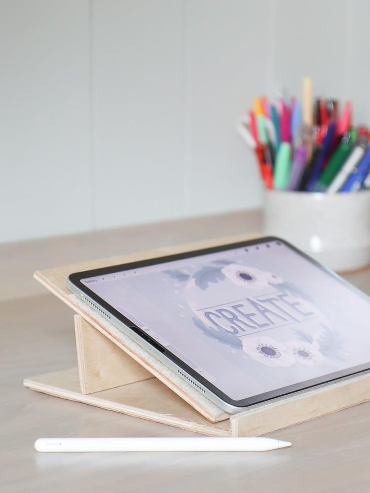 DIY adjustable wood iPad stand