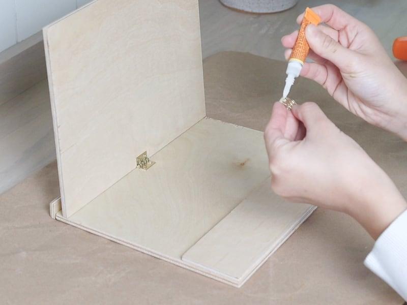 DIY plywood wood iPad stand